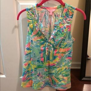 Lilly Pulitzer Essie Top!